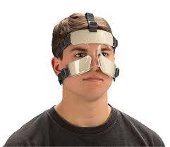 شکستگی بینی:علائم و نشانه ها،تشخیص،درمان